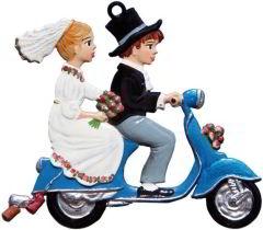 Zinnfigur Wilhelm Schweizer Just Married auf Vespa, zum Hängen
